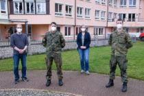 Soldaten unterstützen Pflegepersonal in der Not